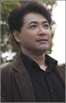 Watari, Hiroshi