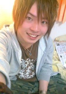 Hamazoe, Shinya