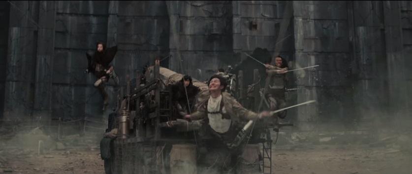 attack on titan maneuver gear