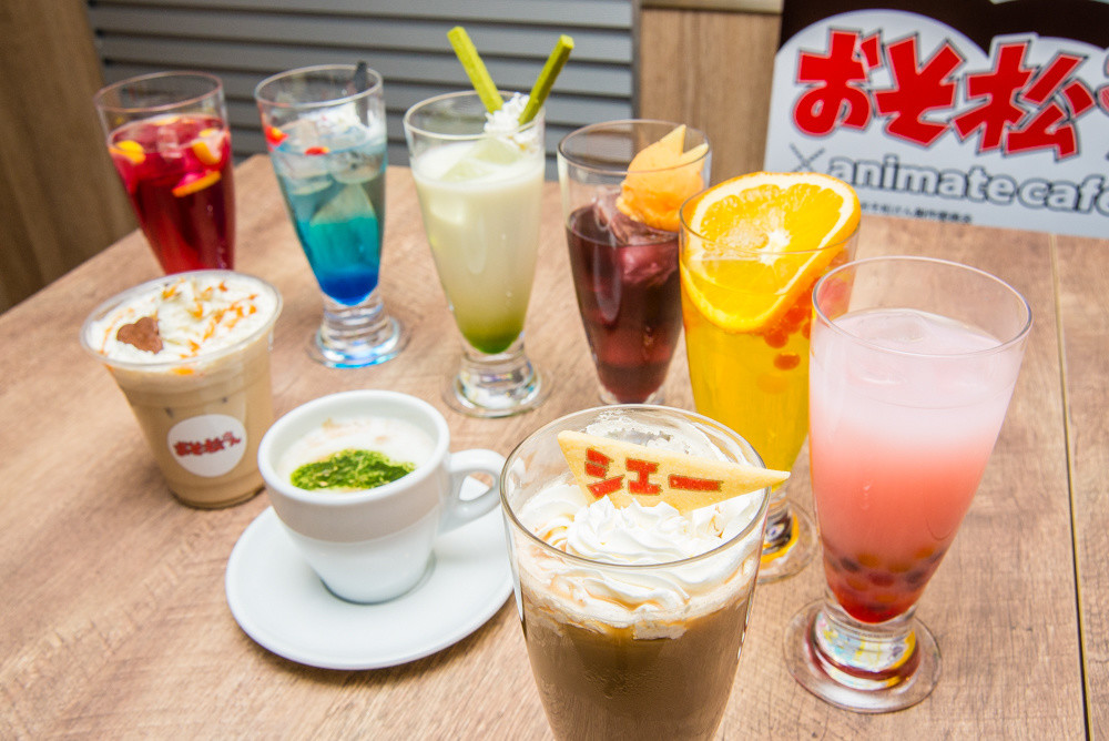 Nine drinks themed after the sextuplets and Iyami and co. Each can be enjoyed for their various flavors and textures.