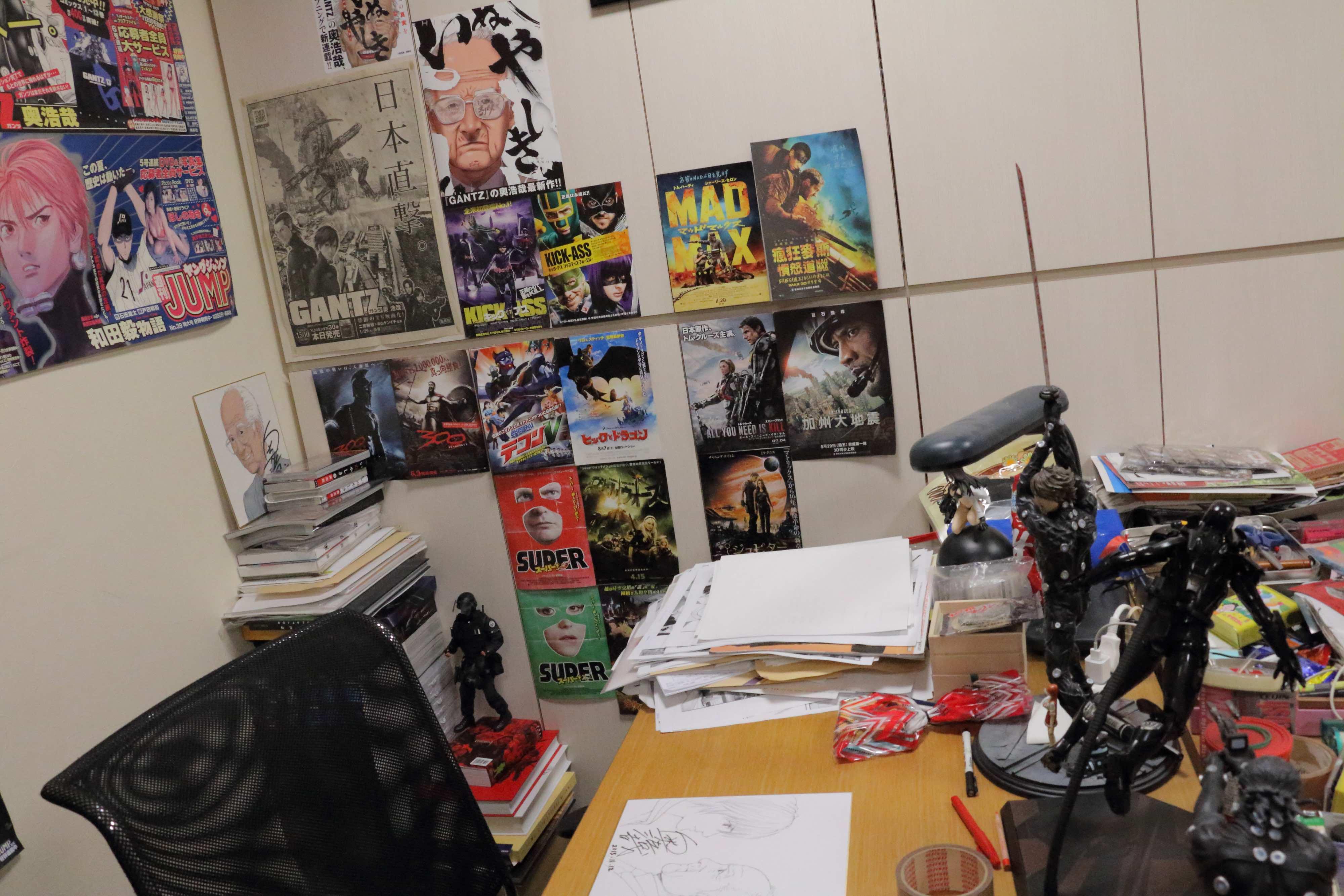 oku-desk Hiroya Oku on Inuyashiki