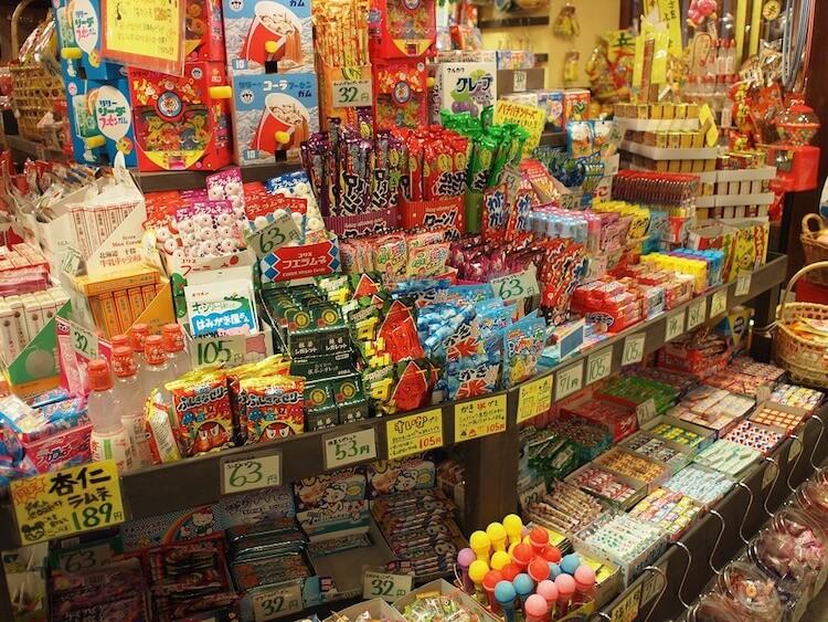 Dagashi store