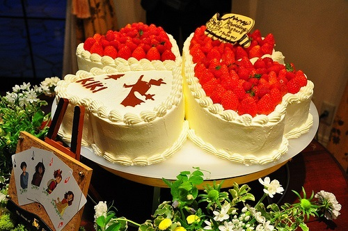 Majo no Takkyuubin Wedding Cake,