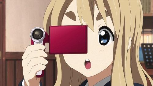 15 Anime Characters with Big Eyebrows - Mugi - K-On!