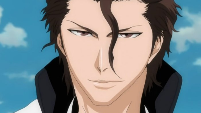 Aizen with a menacing smile, strongest bleach character