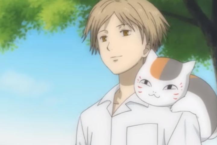 Madara sitting on Takashi Natsume's shoulder, Natsume's Book of Friends Season 5